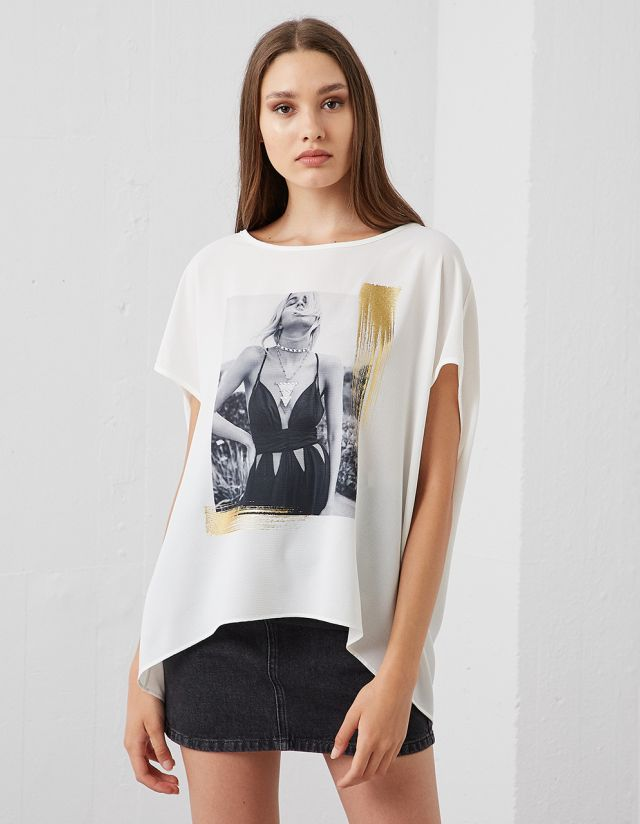 OVERSIZE T-SHIRT WITH PRINT