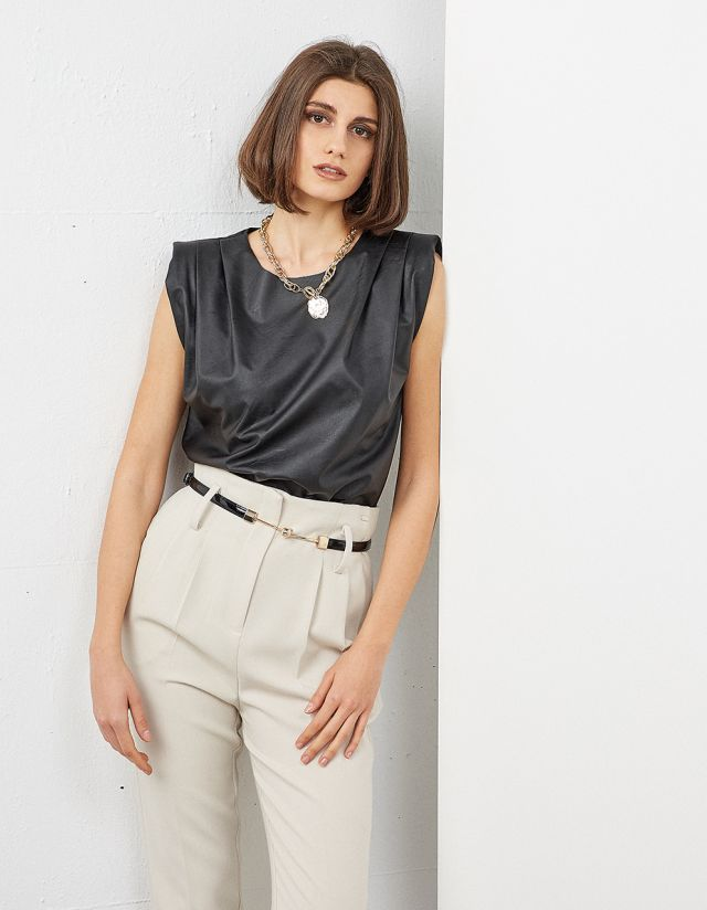 LEATHER EFFECT TOP