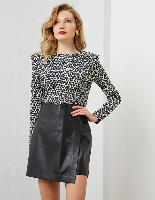 PRINTED BLOUSE WITH SHOULDER PADS