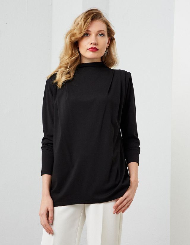 LONGLINE TOP WITH SHOULDER PADS