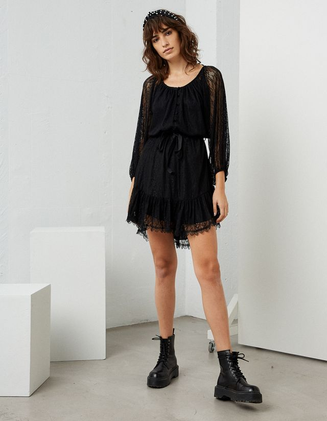 LACE MINI DRESS WITH BELT