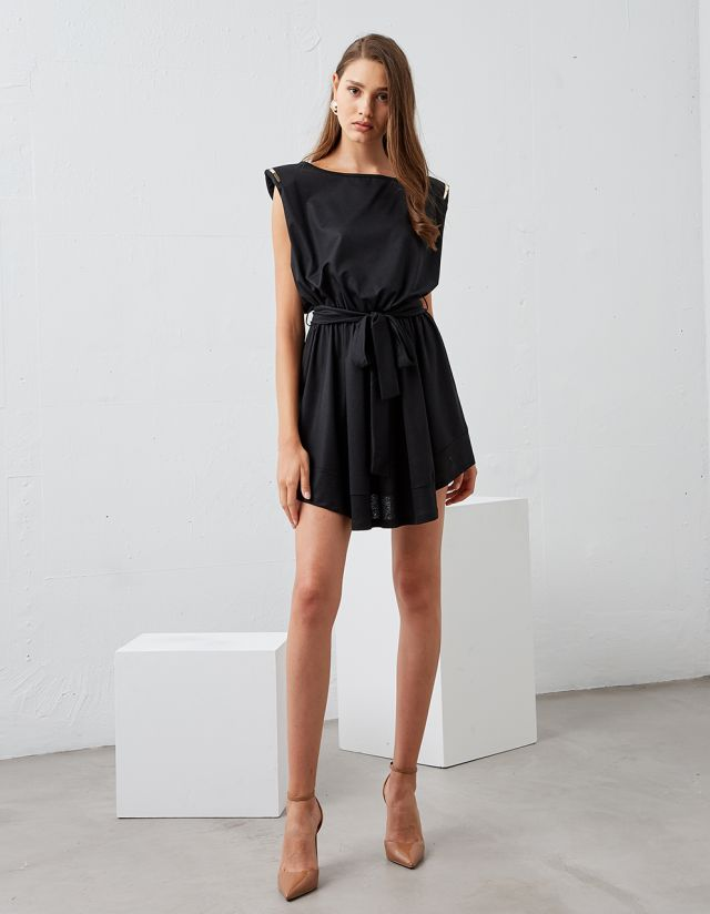 DRESS WITH METALLIC DETAIL