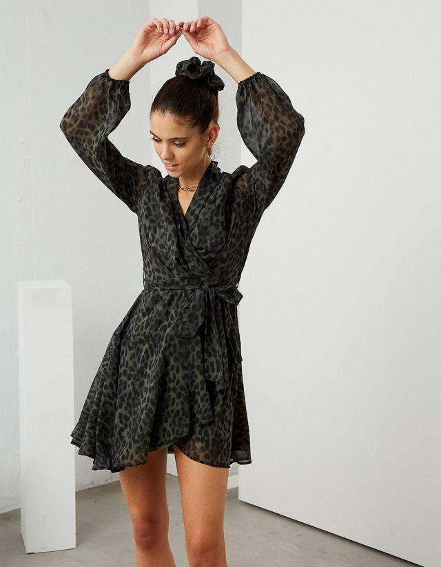 LEOPARD PRINT WRAP DRESS WITH SCRUNCHIE