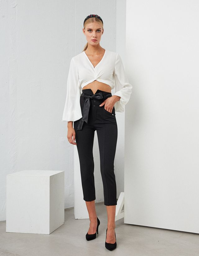 TROUSERS WITH LEATHER DETAILS