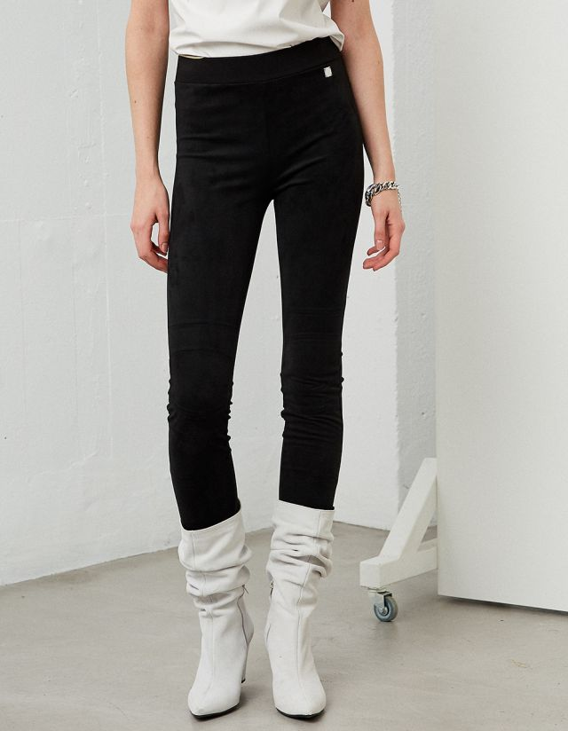 SUED LEGGINGS WITH STITCHES