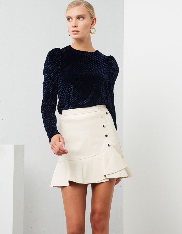 VELVET TOP WITH PUFF SLEEVES