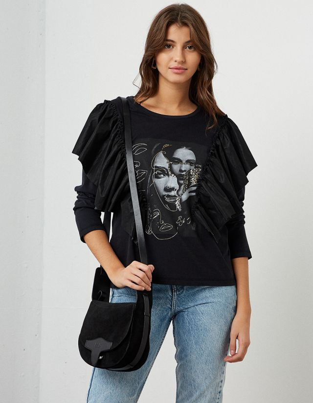 T-SHIRT WITH LEATHER EFFECT FRILLS