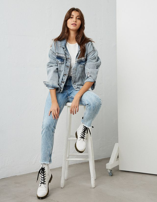 GRACE LIGHT BLUE MOM JEANS