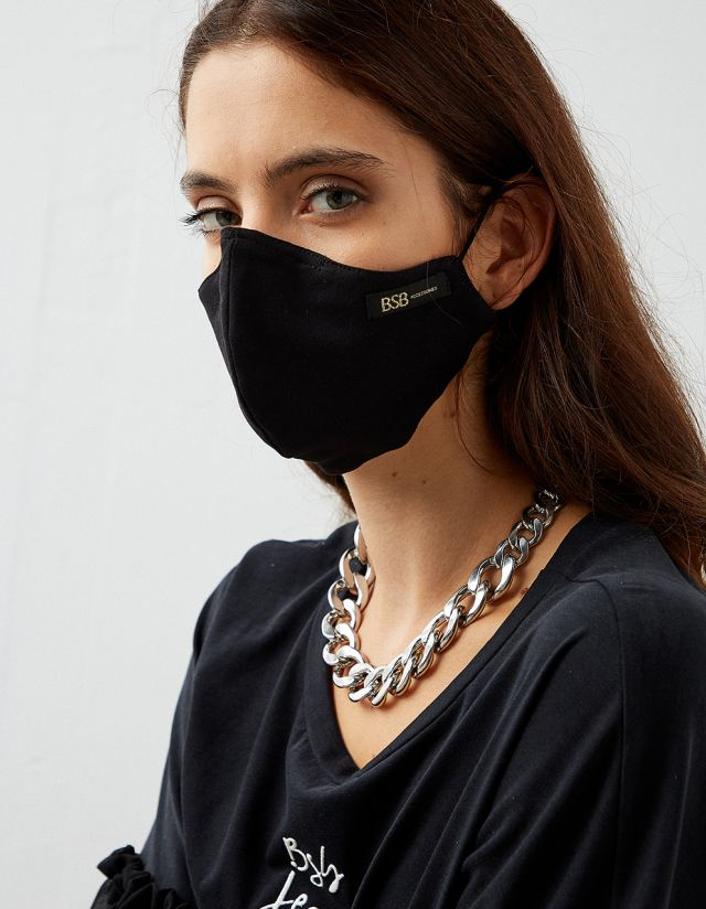 PROTECTIVE MASK IN BLACK