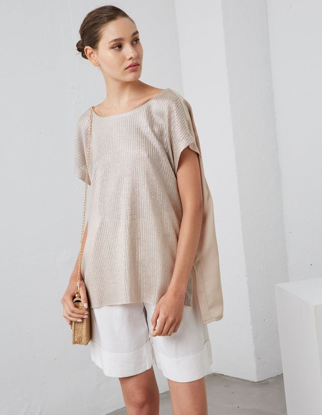 TOP WITH METALLIC FRONT