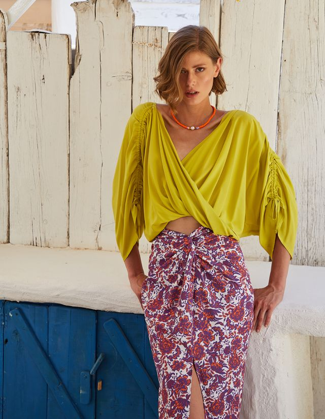 BLOUSE WITH WRAP NECKLINE