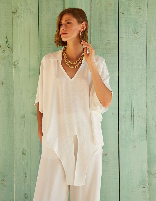 OVERSIZED BLOUSE WITH SELF TIE