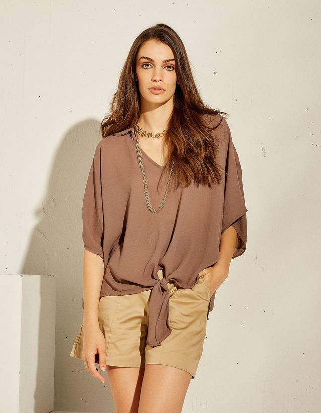 BLOUSE WITH SELF TIE