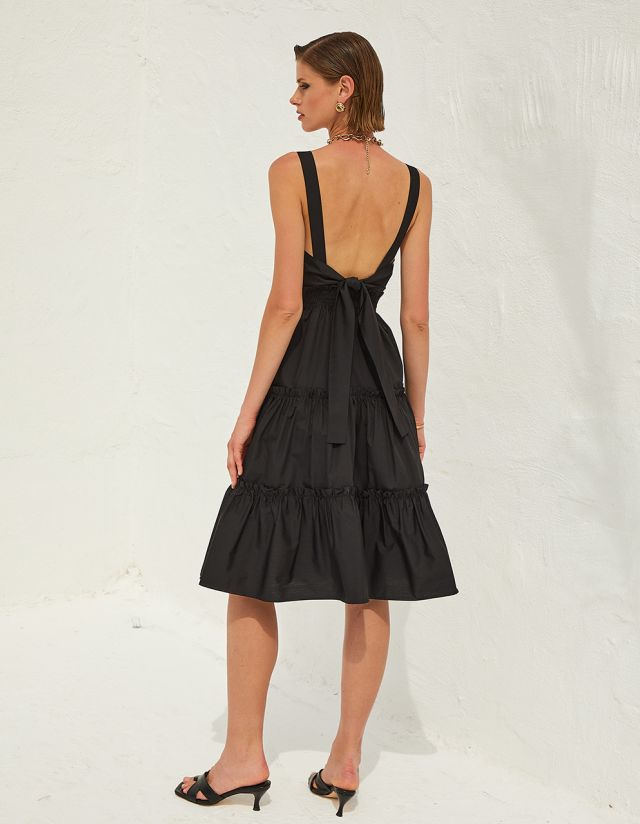 DRESS WITH MULTIPLE FRILLS