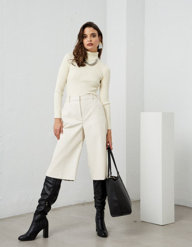 LEATHER EFFECT CULOTTES