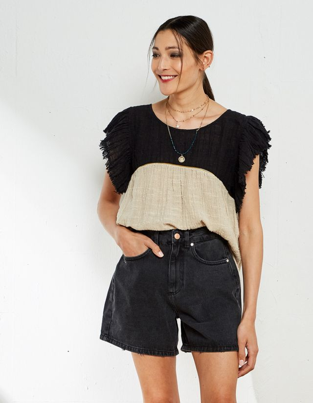 BLOUSE WITH LINEN TOUCH