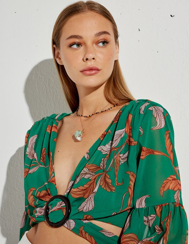 TOP WITH CUT OUTS