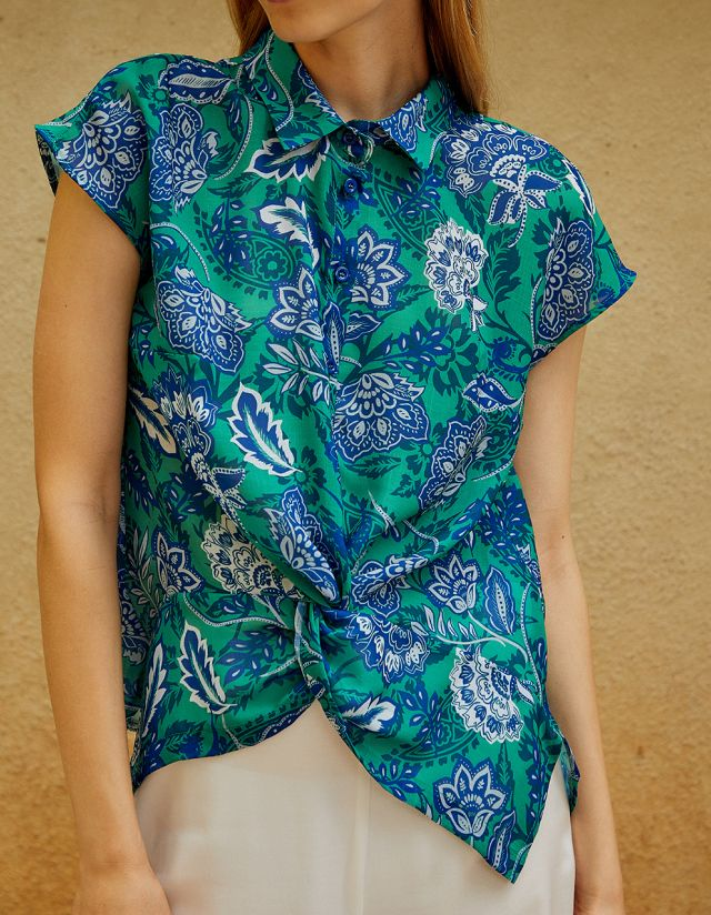 PRINTED SHIRT WITH KNOT