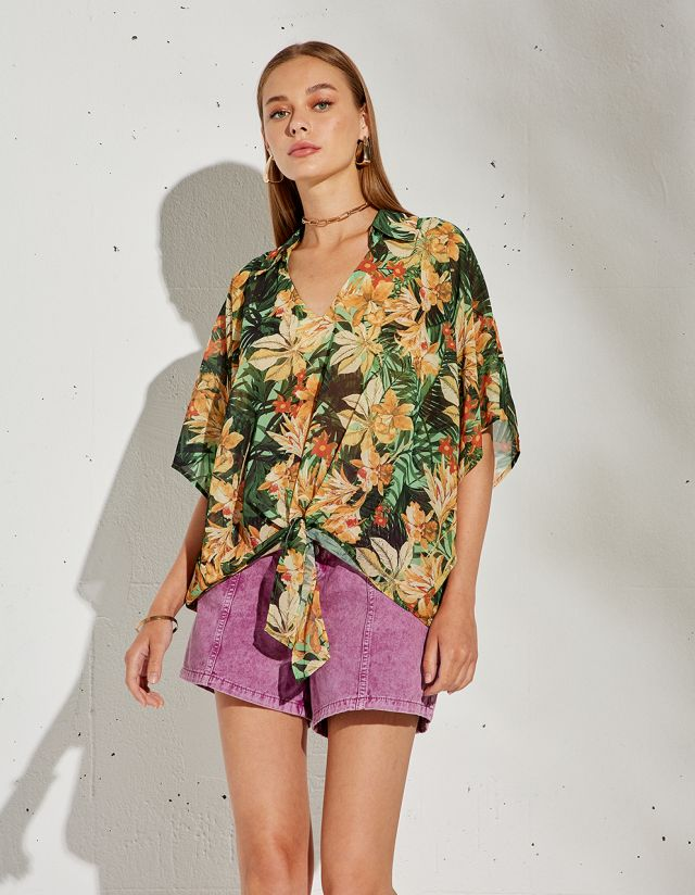 OVERSIZED BLOUSE WITH LEAF PRINT
