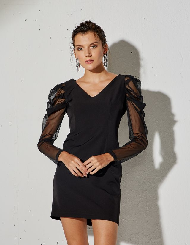 DRESS WITH MESH SLEEVES