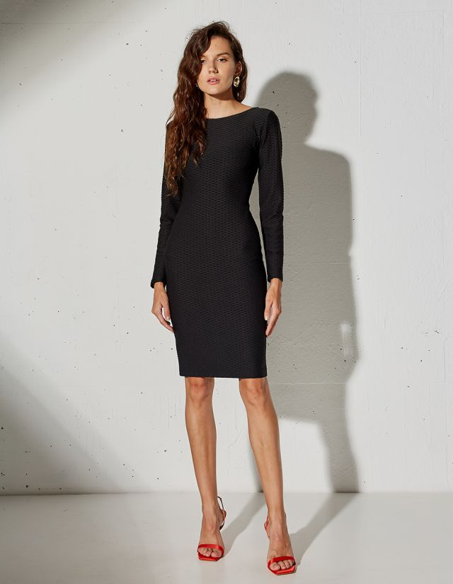 DRESS WITH EMBOSSED PATTERN