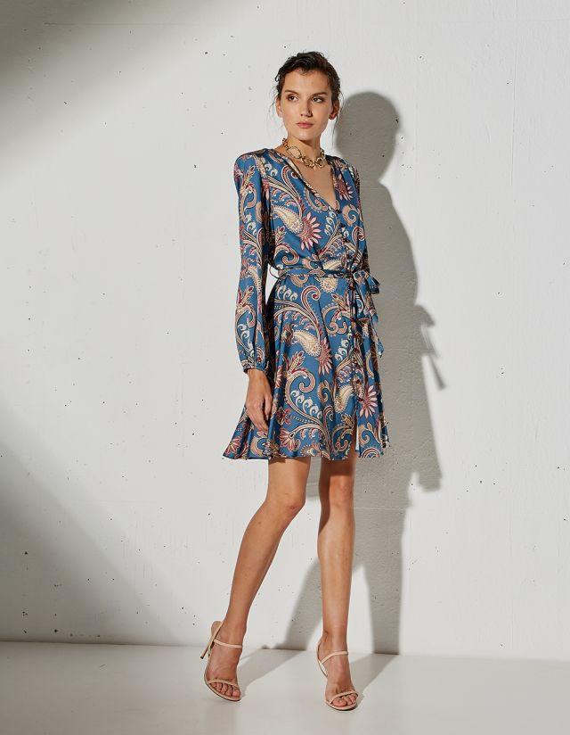 PRINTED DRESS WITH SATIN TOUCH