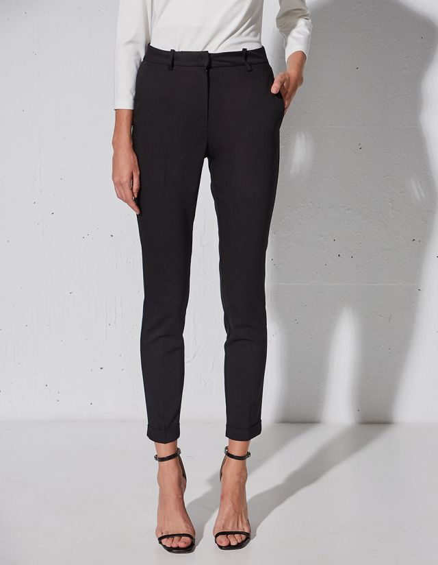 SKINNY PLEATED TROUSERS