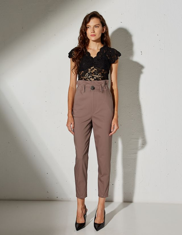 TROUSERS WITH BEJEWELED BUTTON